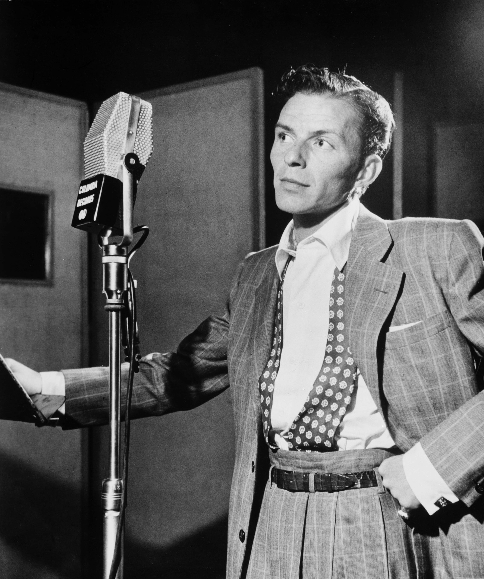 What Do Frank Sinatra, Mourners and Fake Twitter Followers Have in Common?
