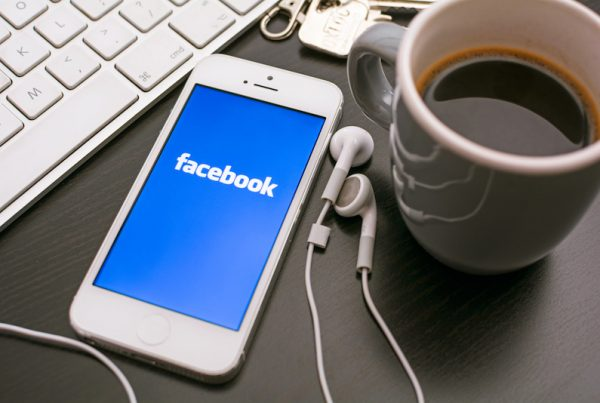 Facebook, organic social media engagement